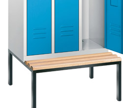Wardrobe lockers with bench