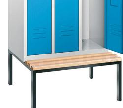 Garderobenschränke mit Sitzbank