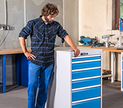 Drawer cabinet systems